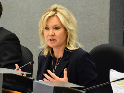 As Mississauga's mayor ramps up efforts to separate from Peel Region, dueling numbers have emerged suggesting different outcomes