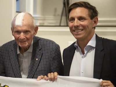 Bill Davis throws his support behind Patrick Brown