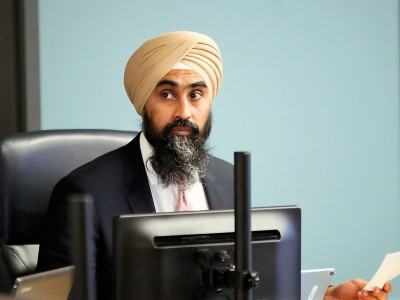 Controversial motion to hire ten new staff for Brampton council both panned and praised
