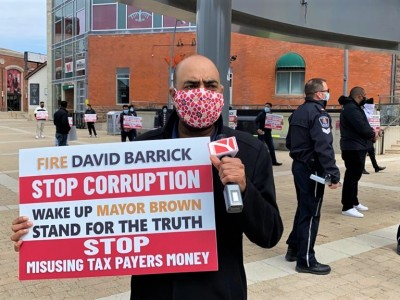 'Fire David Barrick': Brampton residents call for CAO's removal, demand independent third-party investigation