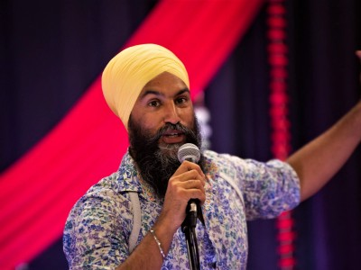 Jagmeet Singh's NDP circling the drain seven weeks from the election, polls show