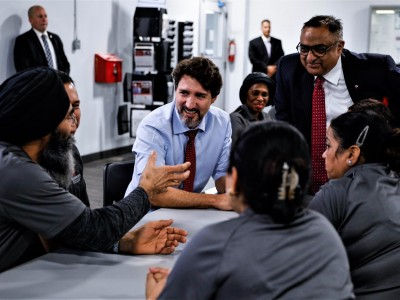 Trudeau lifts spirits of Brampton's beleaguered auto sector workers