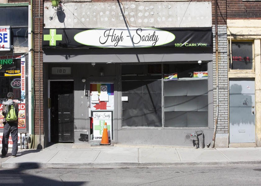 City staff wants council to allow retail pot shops after survey shows majority of residents approve; decision could come Wednesday