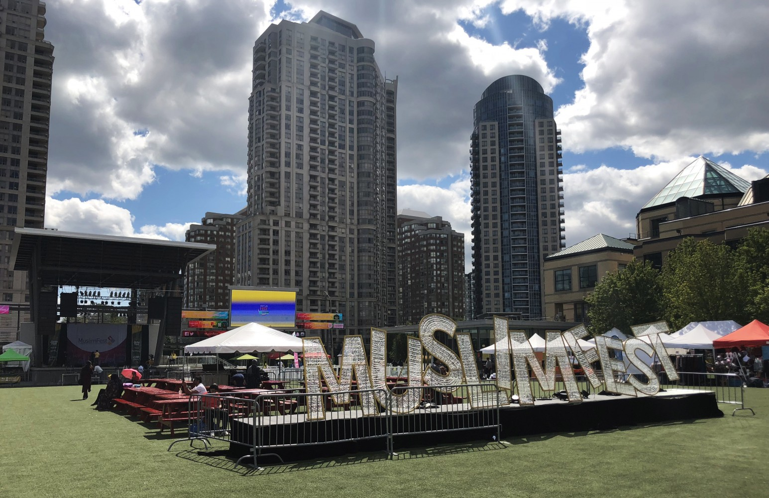 MuslimFest celebrates the 'lighter side' of Muslim culture