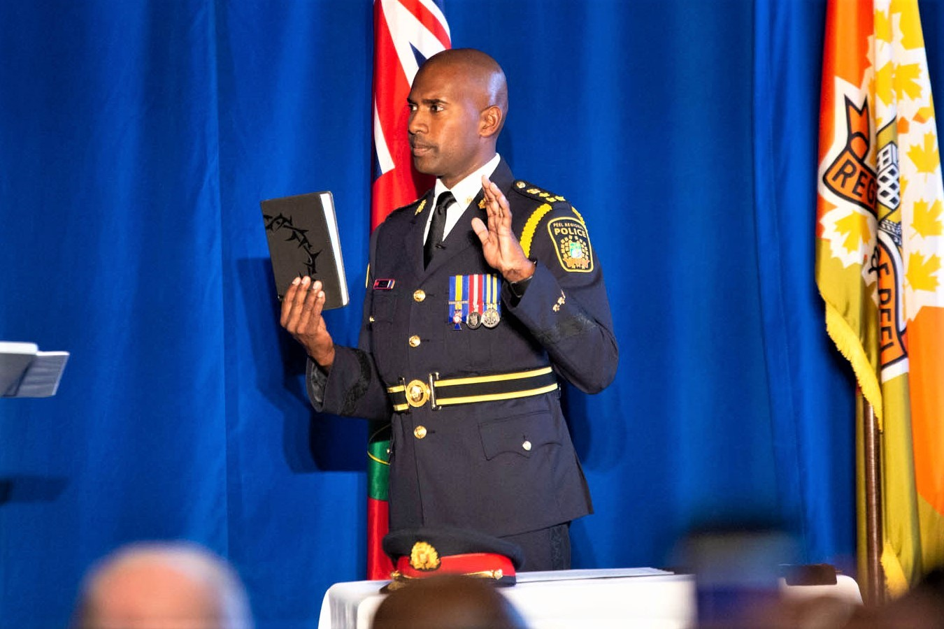New police chief sworn in, welcomes Liberal pledge to help fight gang violence