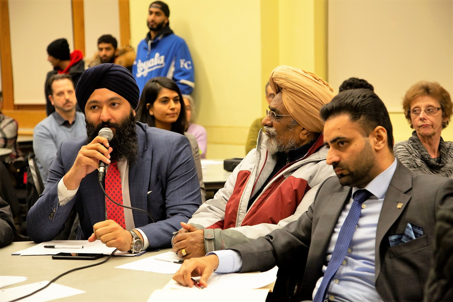 PC MPPs get a grilling after late arrival at town hall on Brampton's healthcare crisis