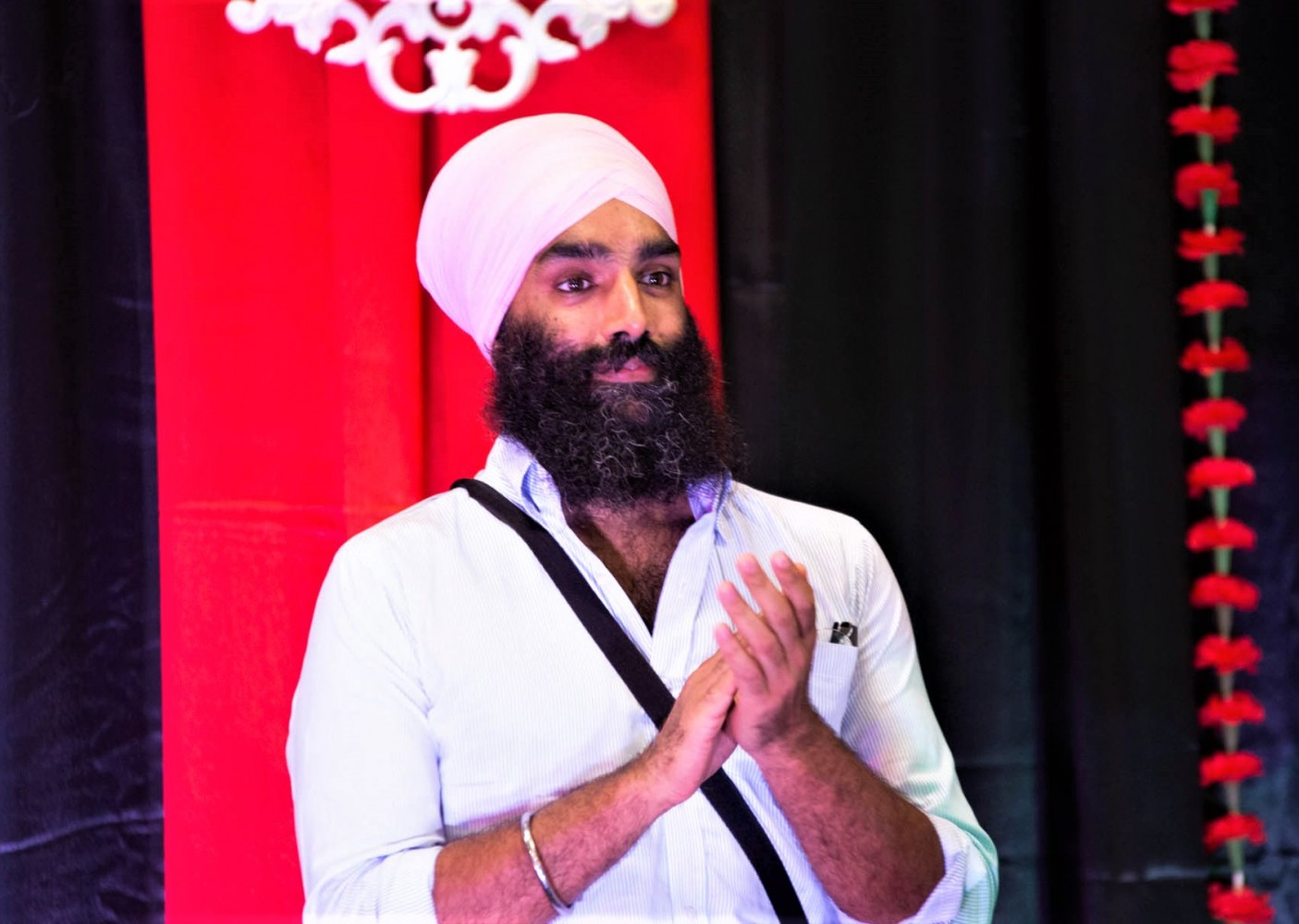 UPDATE: 'There seems to be a pattern of not caring' – Brampton MPP defends rights of Sikh paramedics